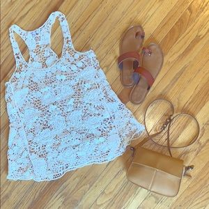 🤩 NWOT On trend beachy boho lace racer back tank!
